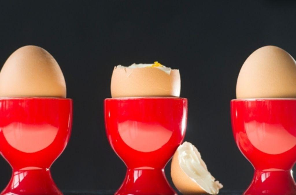 Bis Kinder alleine ein Ei essen können, vergehen Jahre..... Foto: dpa