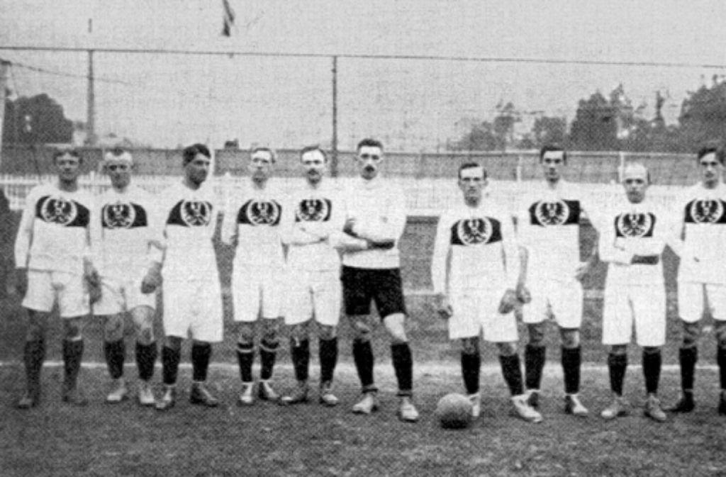 Stockholm, 1912: Gottfried Fuchs (3. von links) und die deutsche Mannschaft Foto: Archiv
