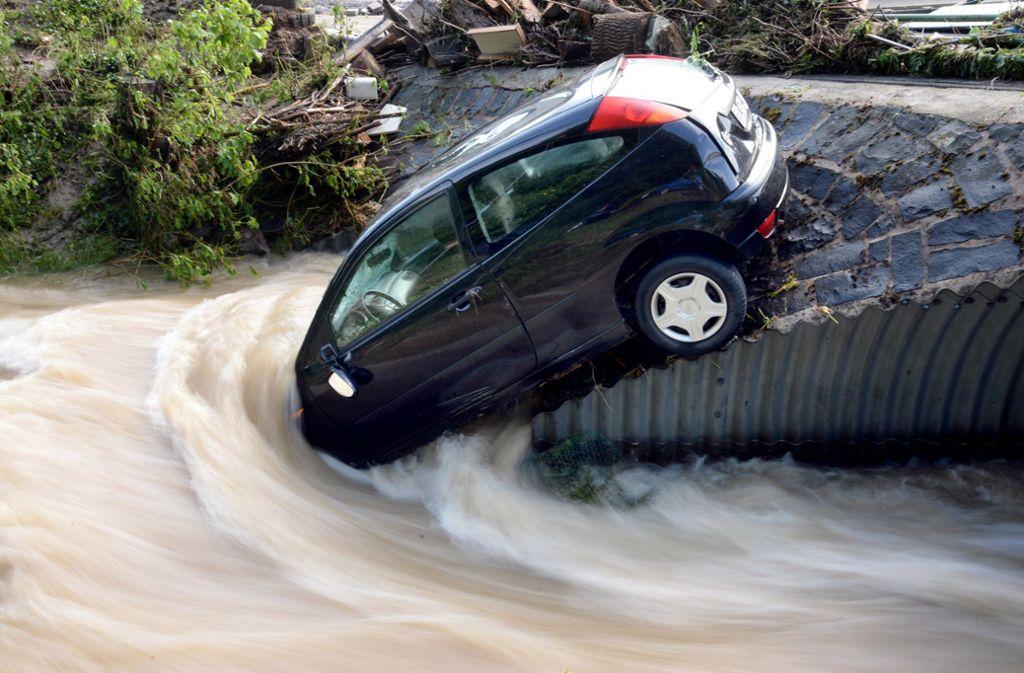 Unwetter sorgen in Deutschland immer wieder für große Schäden. Foto: dpa