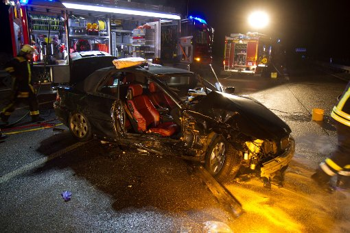 A81-Sperrung nach schwerem Unfall