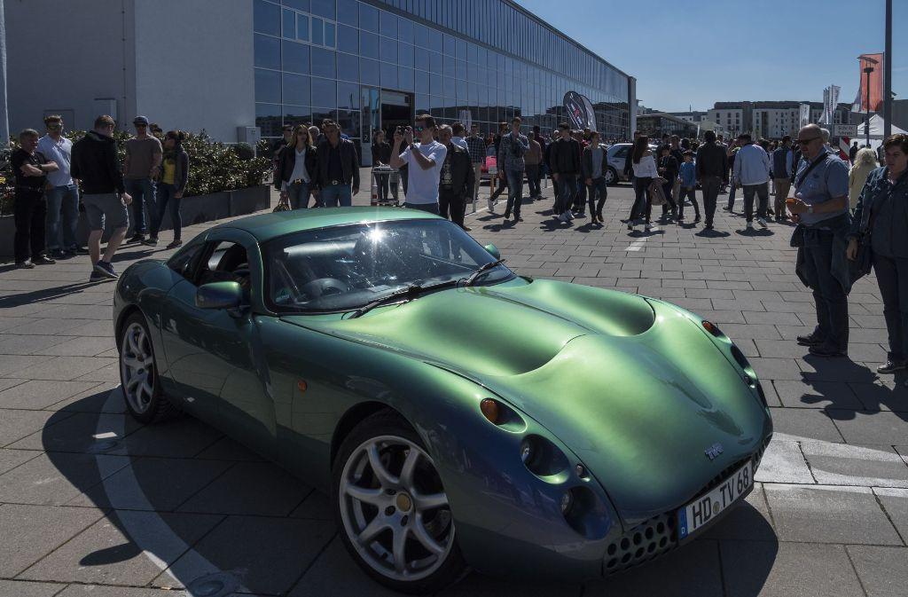 Perfektes Wetter für exklusive Automobile: Saisoneröffnung in der Motorworld Foto: factum/Weise