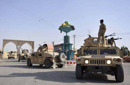 Taliban töten mindestens hundert Sicherheitskräfte