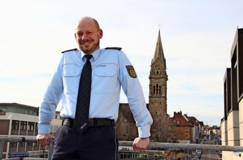 Der neue Revierleiter Volker Kehl setzt auf Prävention und Bürgernähe. Foto: Bernd Zeyer