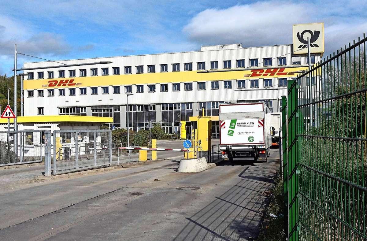 Bei der   DHL in Köngen stehen  noch Dutzende Tests aus. Foto: 7aktuell/Alexander Hald