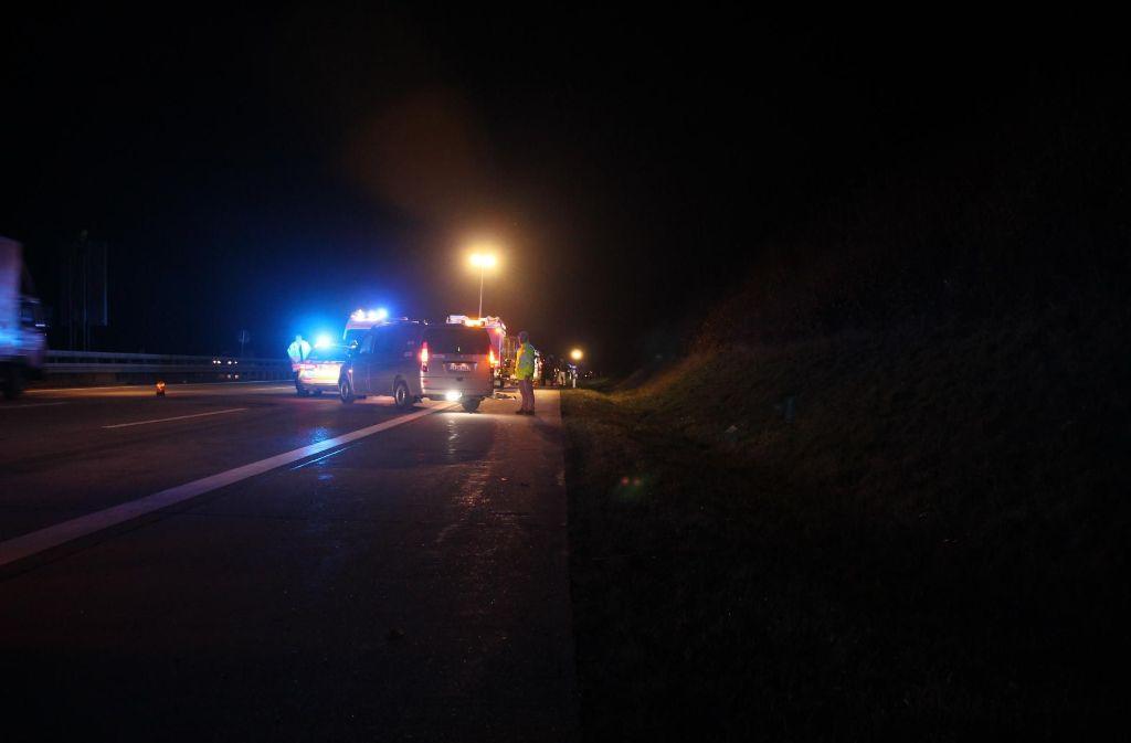 Ein Autofahrer hat auf der A8 einen Mann überfahren. Bei dem Toten handelt es sich um einen 43-Jährigen. Foto: 7aktuell.de/Enrique Kaczor