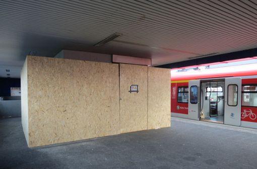 Aufzug am Bahnhof wird ausgetauscht