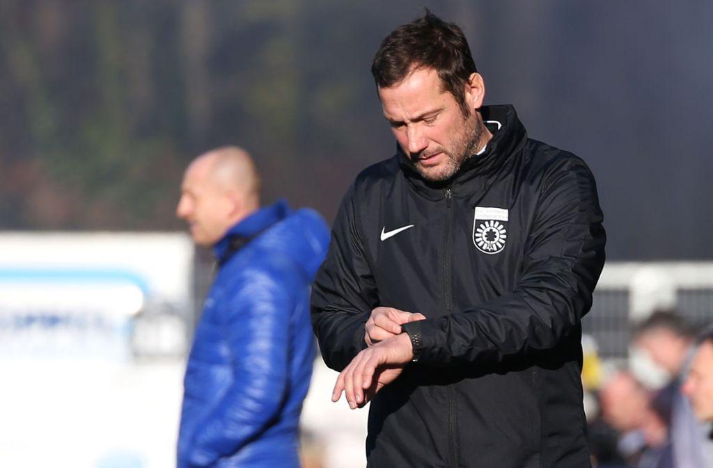 Viel Zeit bleibt Markus Lang nicht: Da er nicht die DFB-Fußball-Lehrer-Lizenz besitzt,  darf er nur 15 Werktage als Chefcoach in der dritten Liga tätig sein. Foto: Baumann