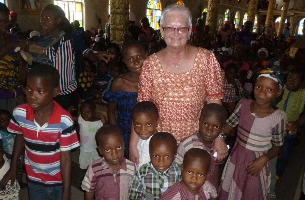 Mit ihrem Verein Amanaogu hilft Gudrun Rohde Kindern in dem gleichnamigen Dorf in Nigeria in Westafrika. Foto: privat