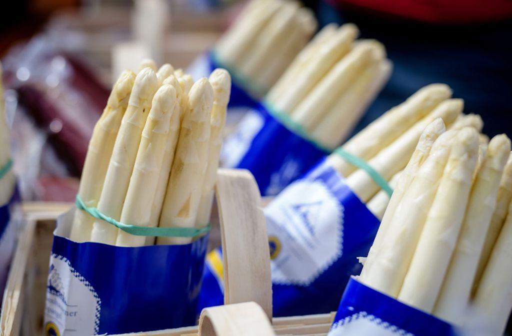 Für viele Feinschmecker ein Höhepunkt des Frühlings: Spargel. Foto: dpa