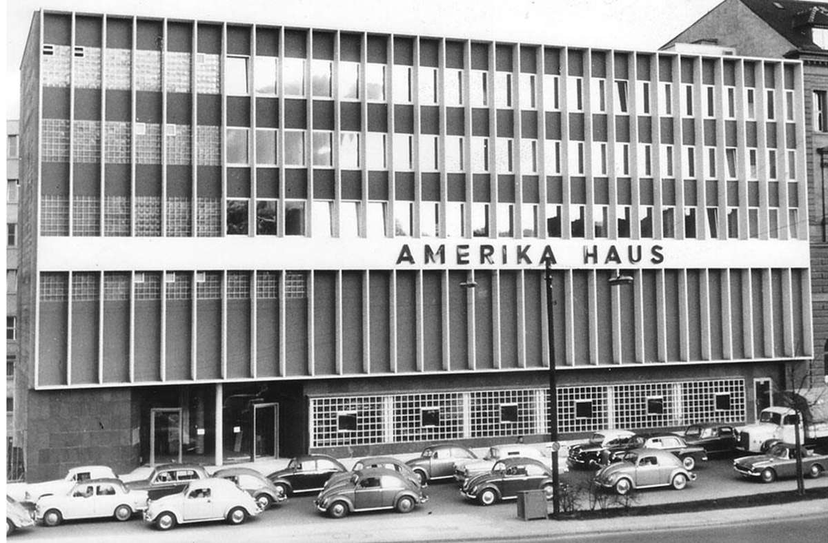 Das Amerika-Haus befand sich von 1961 bis 1995 an der Friedrichstraße in Stuttgart. Das Amerika-Haus befand sich von 1961 bis 1995 an der Friedrichstraße in Stuttgart. Foto: DAZ