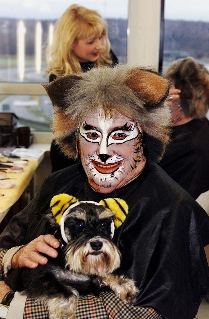 """Verkleidet als Kater beim Musical """"Cats"""".  Foto: Stage"""