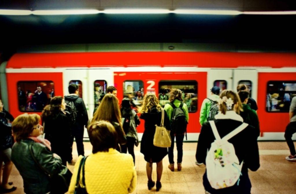 Bei den S-Bahnen in Stuttgart hakt es am Montagvormittag. Foto: Lichtgut/Max Kovalenko