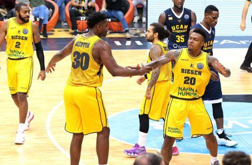 Ludwigsburger Basketballer holen ersten Sieg