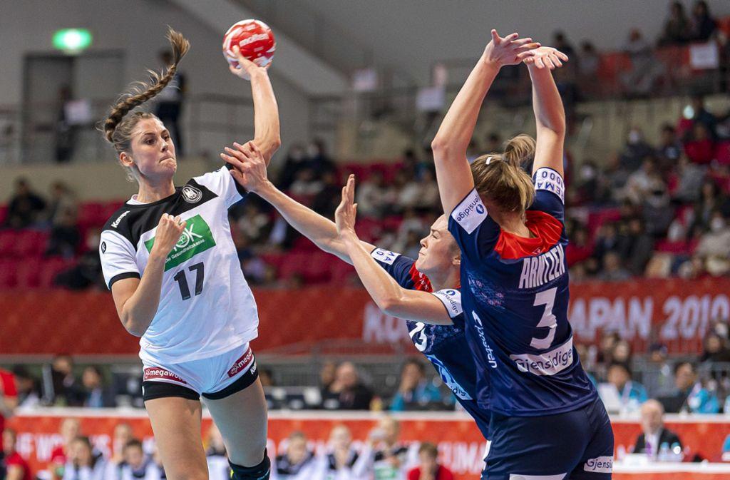 Knappe Niederlage für die deutschen Handballerinnen gegen Norwegen Foto: dpa/Marco Wolf