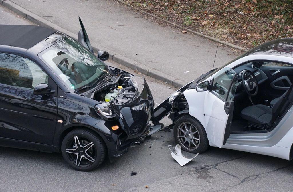 Die Unfallstelle in der Marabustraße am Donnerstagmorgen. Foto: Andreas Rosar
