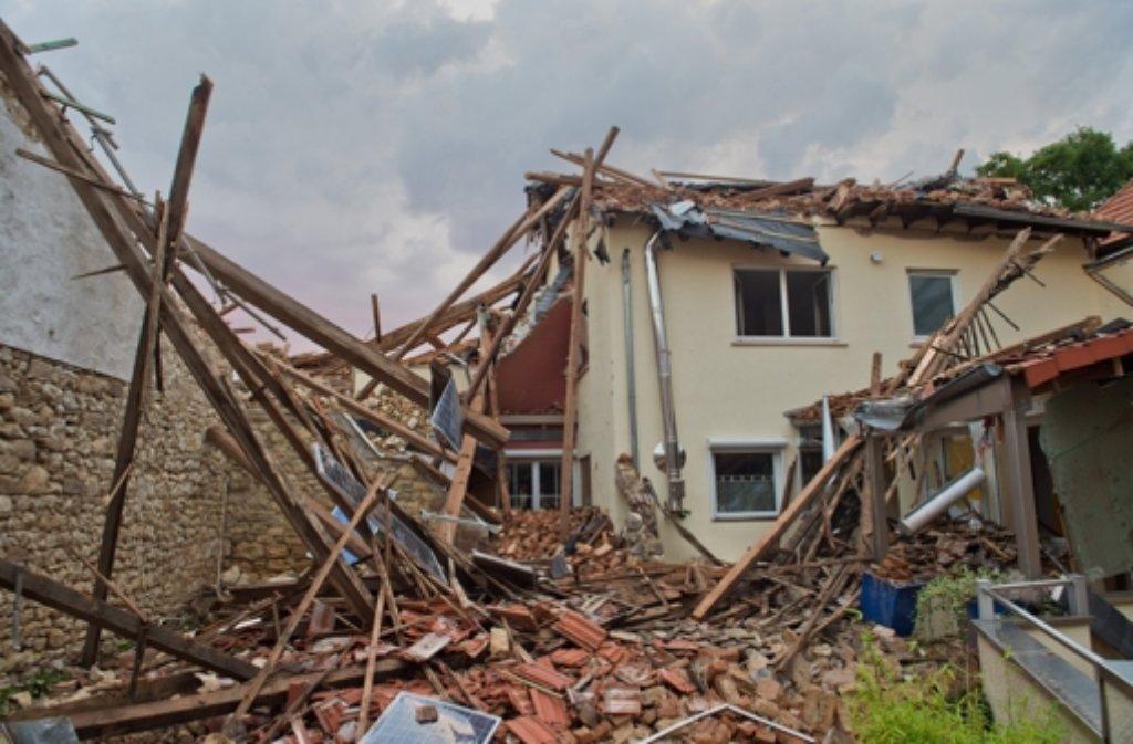 In Framersheim wurden mehrere Häuser beschädigt. Foto: dpa