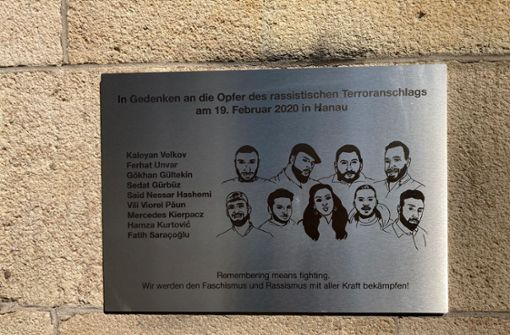 Eine Tafel als  Mahnmal für politische Kultur