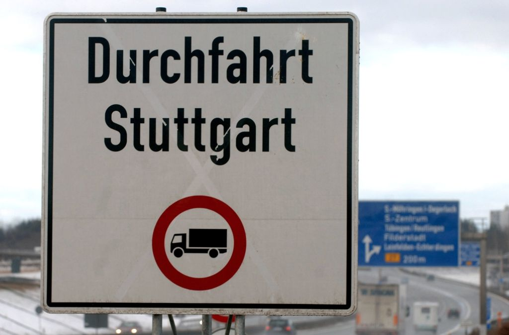 Ein Lkw-Durchfahrverbot soll es vom kommenden Jahr an auch in Remseck geben. Foto: dpa