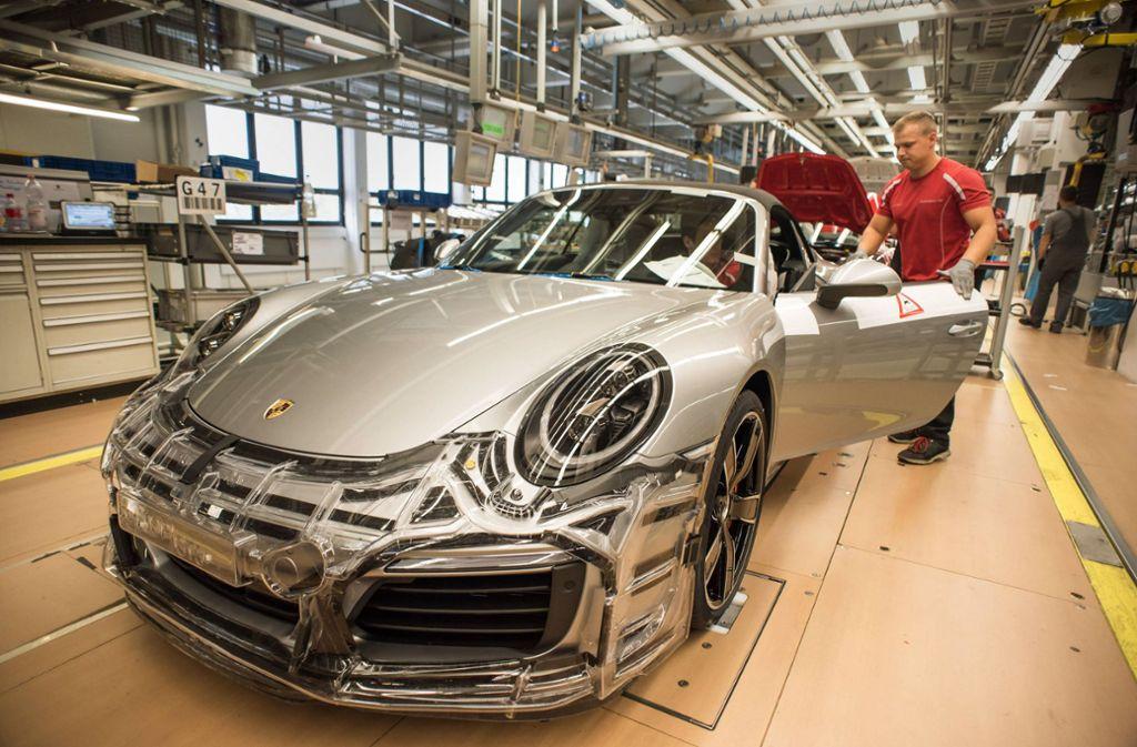 Porsche stellt in Zuffenhausen und Leipzig die Produktion ein. Foto: imago/Lichtgut/Max Kovalenko