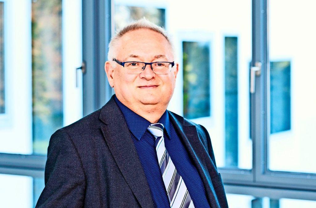 Zu Gast im Musikalischen Salon ist Prof. Dr. Meinrad Walter.  Foto: A. Limbrunner, H. Tefzer