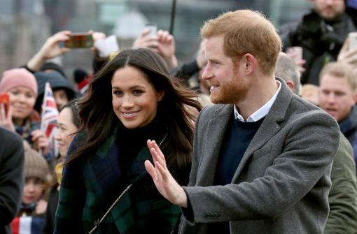 Royales Paar besucht Kinder in Schottland