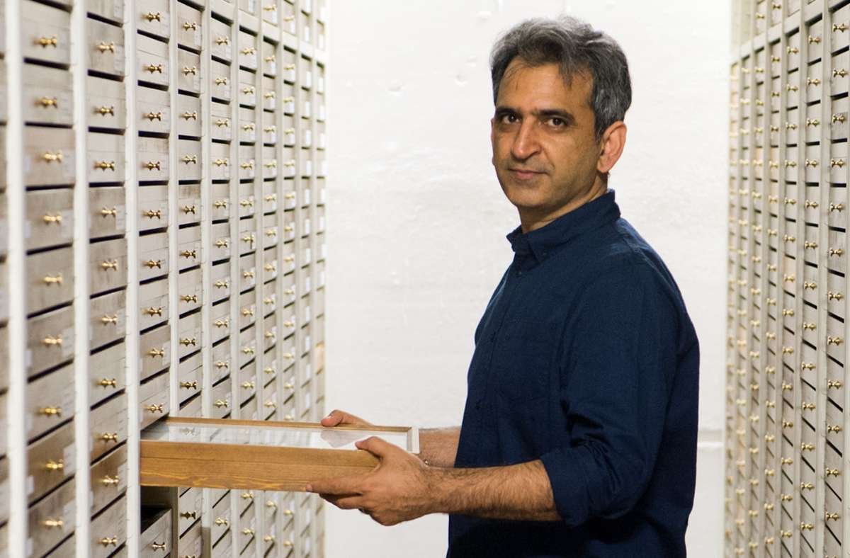 Hossein Rajaei arbeitet als Wissenschaftler im Naturkundemuseum Stuttgart. (Archivbild) Foto: Oliver Willikonsky - Lichtgut/Oliver Willikonsky