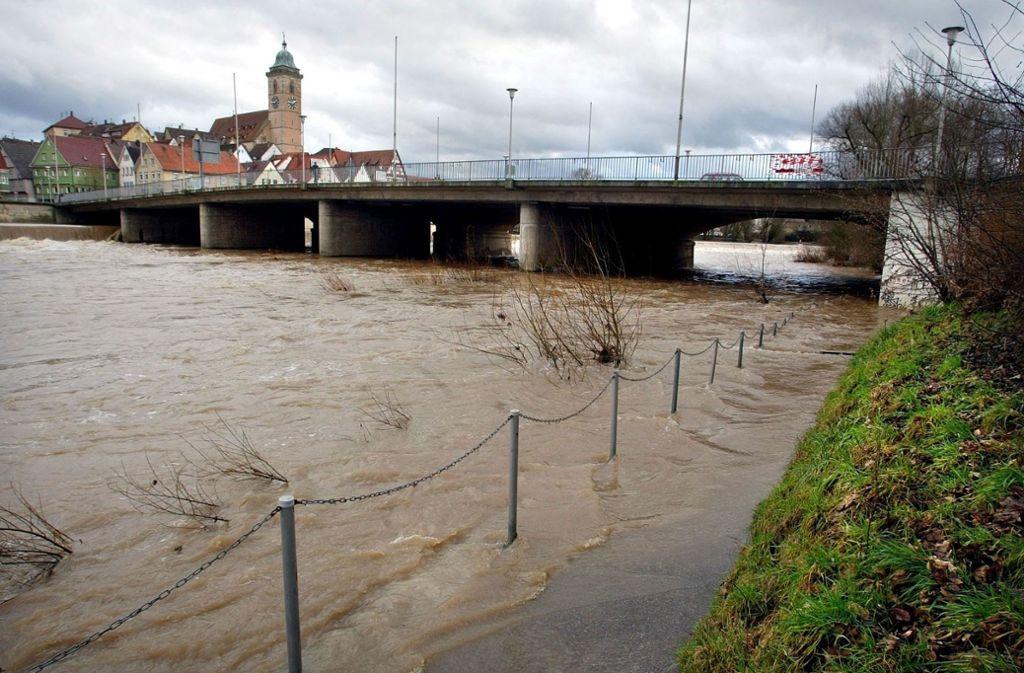 Im November 2013 war in Nürtingen unter anderem der Neckar über die Ufer getreten. Foto: /Horst Rudel/Archiv