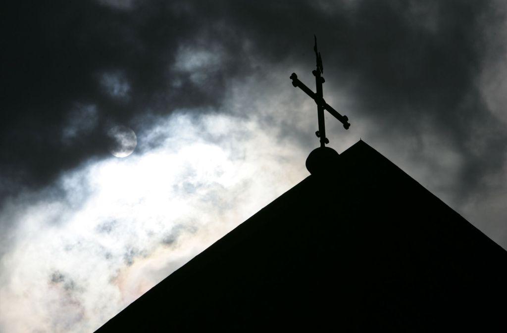 Die katholische Kirche gerät imer stärker ins Zwielicht. Foto: dpa