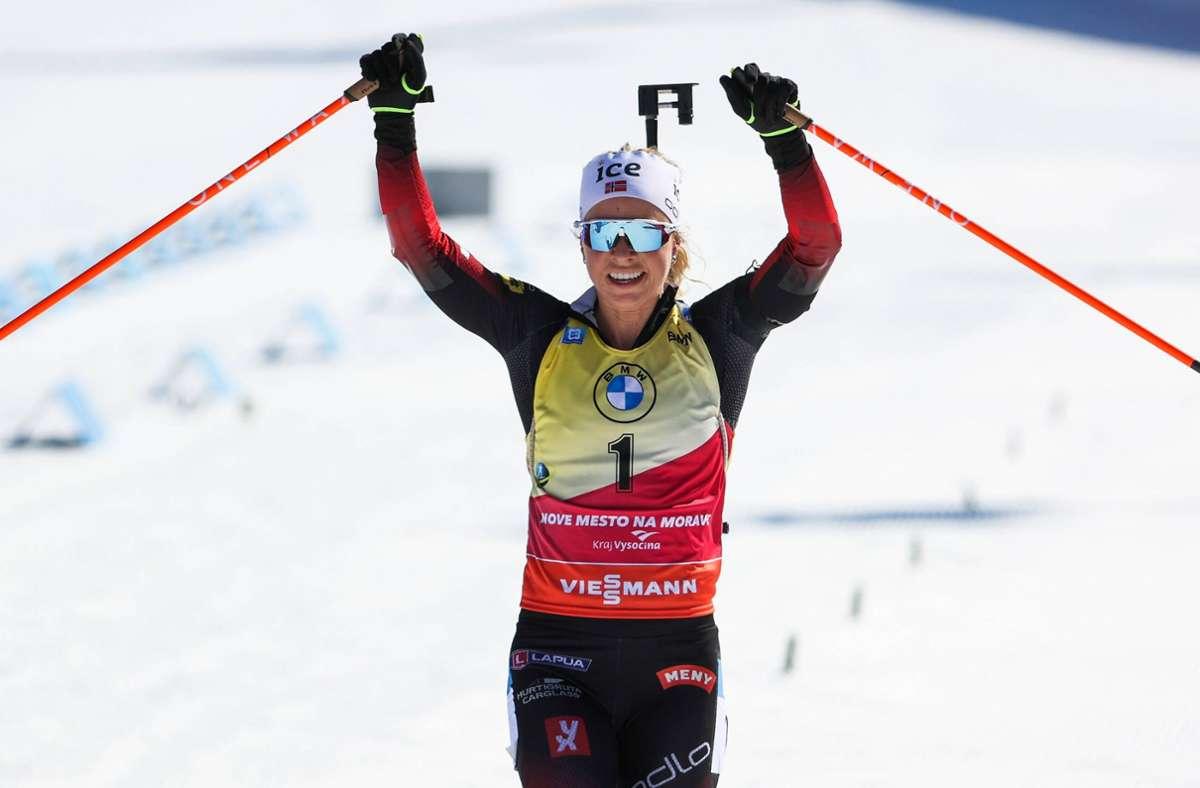 Tiril Eckhoff ist die Nummer eins im Biathlon – nach einer erfolgreichen WM setzt sie ihren Siegeszug auch in Tschechien fort. Foto: imago//Philipp Brem