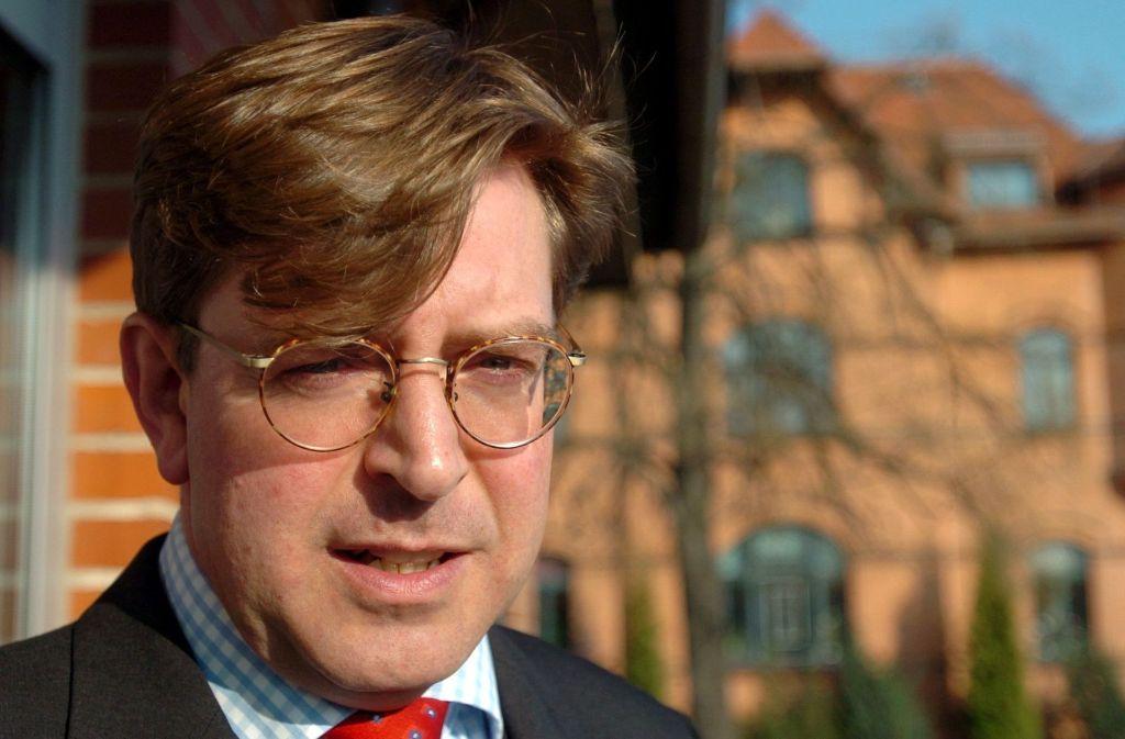 Der Journalist und Buchautor Udo Ulfkotte ist tot. Der 56-Jährige starb an einem Herzinfarkt. Foto: dpa