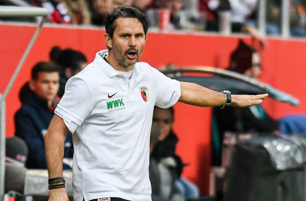Augsburgs Dirk Schuster ist bereits der sechste Trainer, der in dieser Saison gehen muss. Foto: dpa