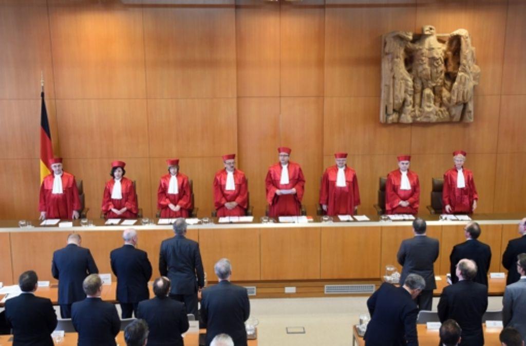 Werden Richter und Staatsanwälte zu schlecht bezahlt? Die Frage beschäftigte schon mehrere Gerichte. Nun hat Deutschlands oberstes Gericht entschieden. Foto: dpa