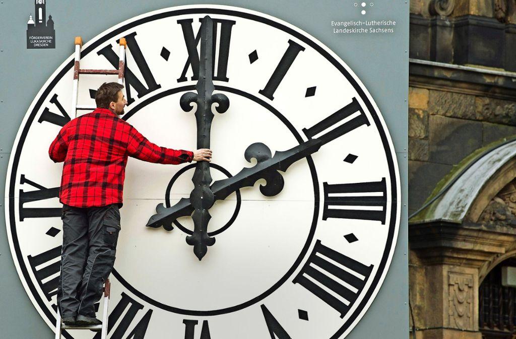 Wer hat an der Uhr gedreht? Foto: dpa