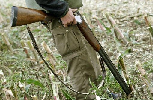 Laut Deutschem Jagdverband sind Unfälle mit Jagdgewehren – wie im Hohenlohekreis passiert – eher selten. Foto: dpa