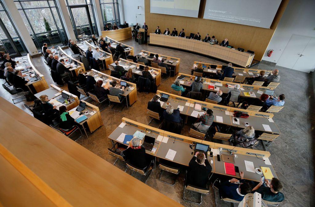 Die Spitzenkandidaten der 20 Parteien und Listen, die bei der Stuttgarter Gemeinderatswahl auf dem Stimmzettel stehen, stellen sich unseren Fragen im Videointerview. Foto: Lichtgut/Leif Piechowski