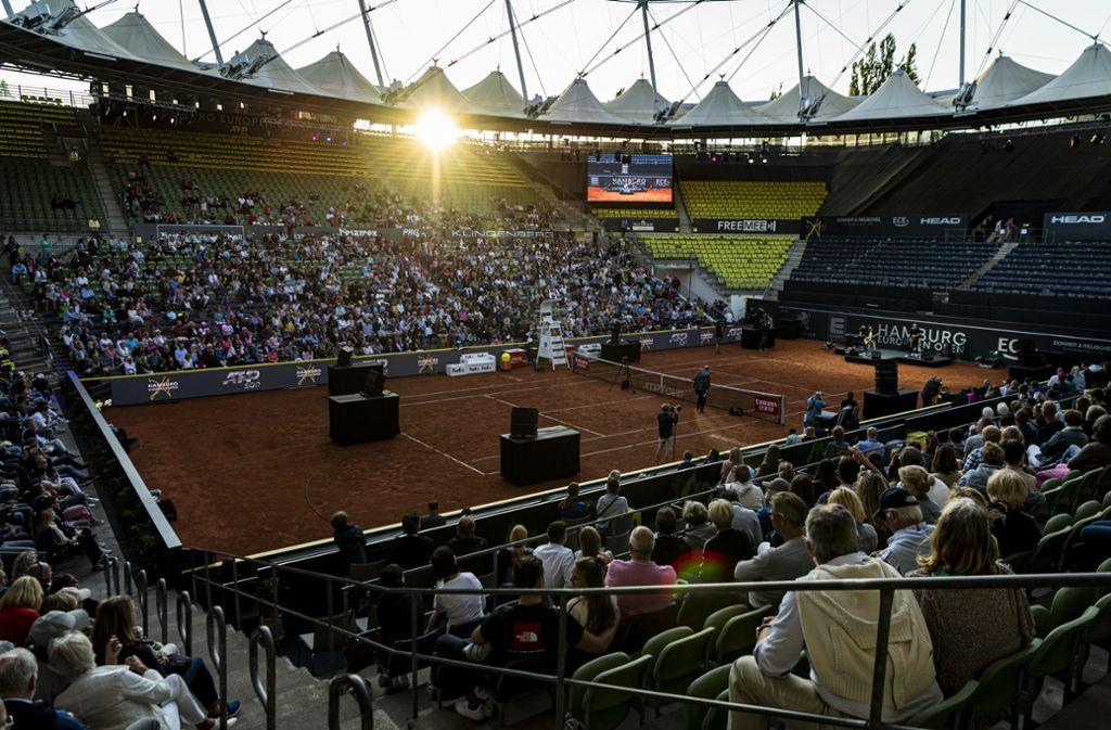 Zur Turniereröffnung blieben die meisten Sitzplätze am Rothenbaum leer. Foto: Getty