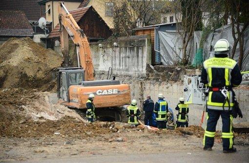 Bauarbeiter von Bagger tödlich verletzt