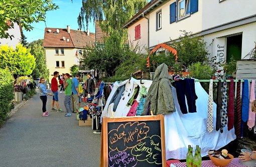 Flohmarktschätze warten in Gärten und Hinterhöfen