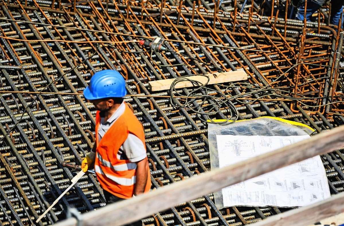Wo wohnen eigentlich die Bauarbeiter, die auf der S-21-Baustelle beschäftigt sind? Foto: Lichtgut/Max Kovalenko