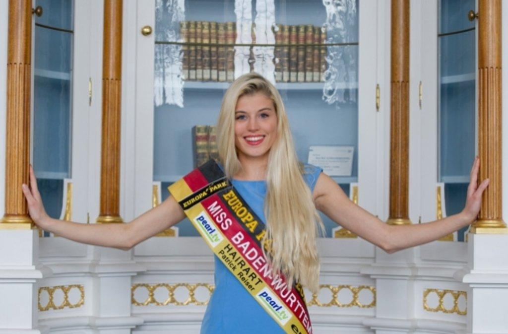 Miss Baden-Württemberg Celine Willers geht ins Trainingscamp für die nächste Miss-Germany-Wahl und nimmt neben Schminke und Klamotten auch unfertige Forschungsberichte mit. Die 21-Jährige studiert in der Uni Hohenheim Kommunikationswissenschaften. Foto: dpa