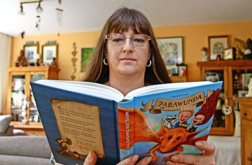 Stefanie Leiss aus Leonberg lässt im Traumland ihren Helden Tobi viele Abenteuer bestehen. Foto: factum/Bach