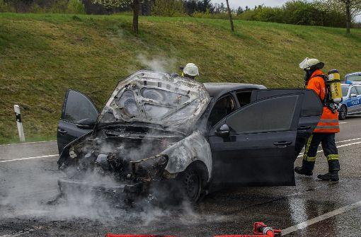VW-Golf brennt fast komplett aus
