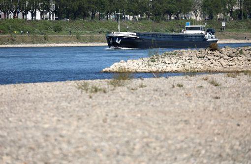 Rhein-Binnenschiffer können nur Hälfte laden