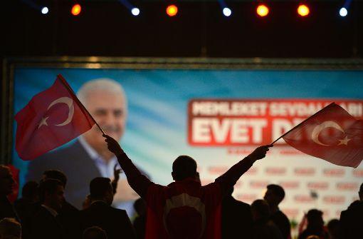 Yildirim wirbt vor Landsleuten für Präsidialsystem