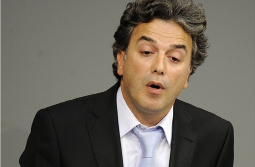 Der integrationspolitische Sprecher der Grünen, Memet Kilic,  steckt nach dem Kölner Urteil in der gleichen Zwickmühle wie andere muslimische Eltern. Foto: dapd