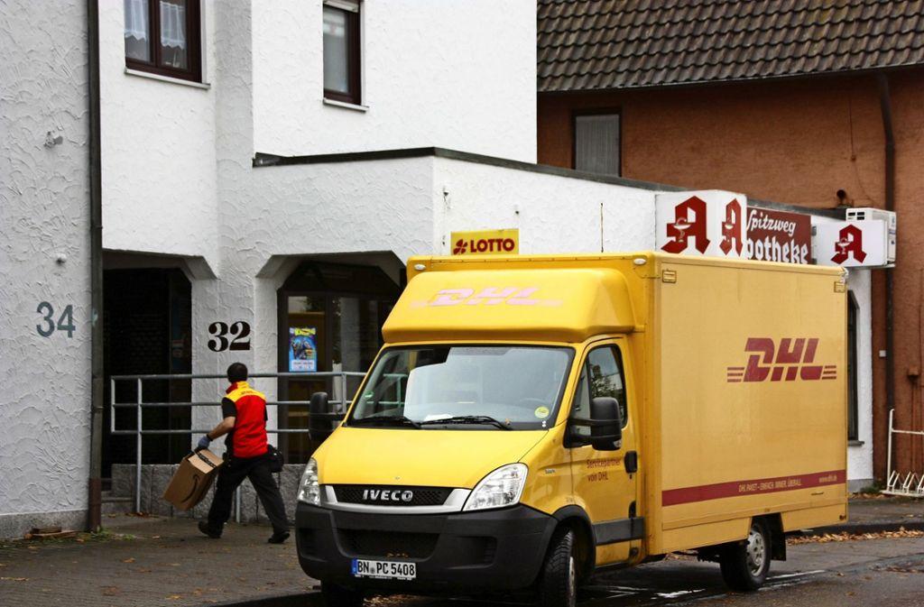 Selbst manch ein DHL-Fahrer weiß es noch nicht: An der Echterdinger Straße 32 in Leinfelden können keine Päckchen mehr abgegeben werden Foto: Natalie Kanter