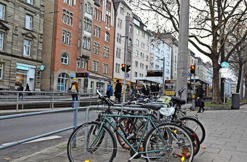 Mehr Stellplätze für die  Fahrräder