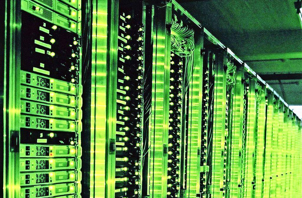 Große Rechenzentren sind gewaltige Energiefresser – auch deshalb, weil sie gekühlt werden müssen. Foto: dpa-tmn/Web.de