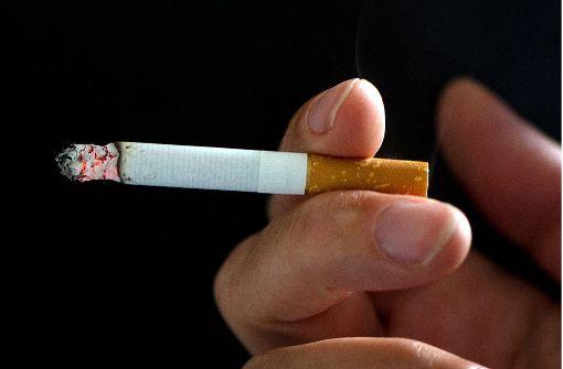 Wegen einer Zigarette ein Messer gezückt