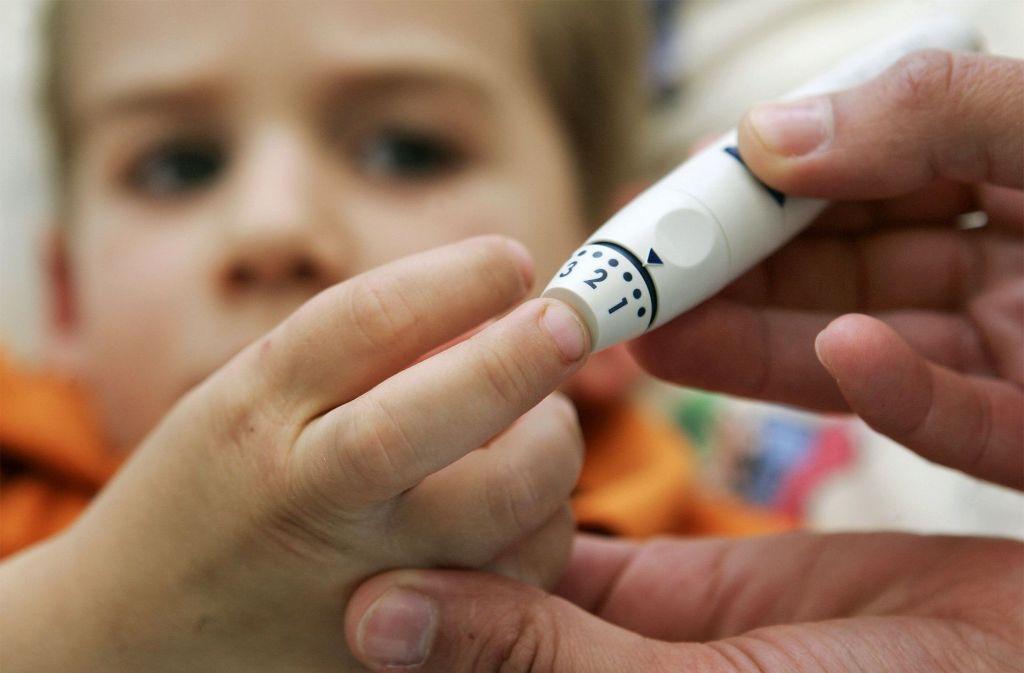 In  den vergangenen 20 Jahren hat sich der  Anteil der Kinder, die bei Ausbruch der Diabetes-Krankheit   noch nicht einmal vier Jahre alt sind, fast verdreifacht. Foto: dpa